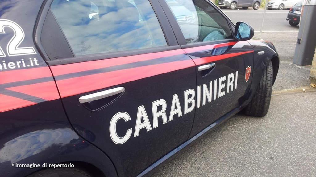 Controlli e sanzioni dei Carabinieri a Ponticelli