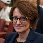 Forcella, il Ministro Bonetti inaugura il campo estivo per i bambini